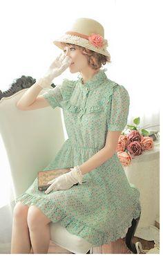 Retro Green (with multi coloured polka dots) Tea Dress. Cute Fashion, Retro Fashion, Vintage Fashion, Womens Fashion, Romantic Fashion, Vintage Outfits, Vintage Dresses, Chifon Dress, Pretty Dresses