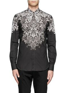 Exquisitely printed with white filigree against a faded background to boost a dark aesthetic, this cotton shirt is exceptional sartorially a Black Casual Shirt, Casual Shirts, King Fashion, Printed Shirts, Alexander Mcqueen, Street Wear, Brands Online, Menswear, Men Clothes