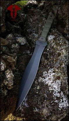 Krypteia knives