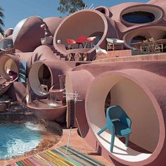 'Palais Bulles of Pierre Cardin' Organic Architecture, Futuristic Architecture, Beautiful Architecture, Interior Architecture, Architecture Plan, Retro Interior Design, Interior Styling, Bubble House, Geodesic Dome Homes