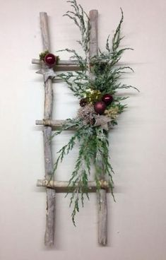 rustic-ladder-with-christmas-decor by rachael