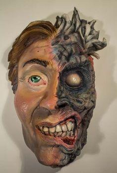 Aspris Visual Art is offline Clay Art, Sculptures, Halloween Face Makeup, Pottery, Superhero, Ceramica, Sculpting, Superheroes, Pots