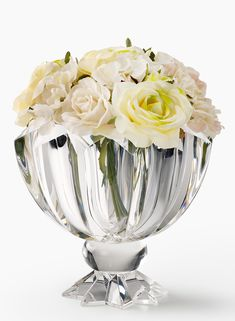 From peony wedding bouquets to cocktail hour centerpieces and reception arrangements with peonies, here are 10 great ideas using peonies for wedding decor. Crystal Curtains, Crystal Garland, Crystal Wall, Glass Crystal, Hanging Crystals, Hanging Lanterns, Peony Wedding Arrangements, Peony Arrangement, Wedding Bouquets