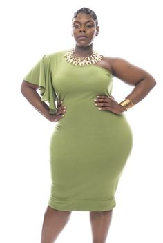 First Look: Christian Omeshun- The Cosmopolitan Collection http://thecurvyfashionista.com/2016/06/plus-size-designer-christian-omeshun/