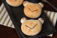 Biscuit Frogs-The True Story of the Three Little Pigs (and the Frog Prince Continued)