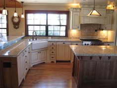 Butter Cream Glazed Kitchen Cabinets Cream Maple Glazed