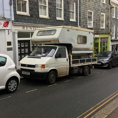 Spotted this recently. That's one way to do it!  #vanlife #vwt4 #vwtransporter
