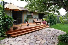 ivy lattice screen to create privacy in backyard