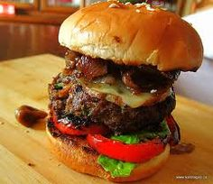 Gourmet burger to serve up from the BBQ! Grilled Lamb Burger with Smoked Cheese, Caremelized Onion & Fig Jam Lamb Burger Recipes, Gourmet Burgers, Greek Recipes, Light Recipes, What A Burger, Smoked Lamb, Mediterranean Cookbook, Lamb Burgers, Burger Toppings