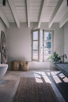 To keep the soul of a house # inspiration # bathroom # bathroom ideas - Home Decor Modern Rustic, Modern Farmhouse, Farmhouse Style, Rustic White, Home Design, Interior Design, Boho Home, Bathroom Inspiration, Bathroom Ideas