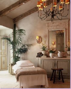 Room Service ~ Decorating 101: French Country Style