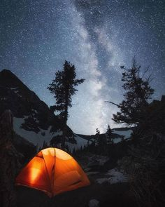 A beautiful night under the stars in Grand Teton National Park Camping Near Me, Best Camping Gear, Camping World, Go Camping, Grand Teton National Park, National Parks, Backpacking Pictures, Missouri Camping, Hiking In Virginia