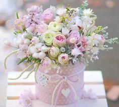 Lovely and delicate bouquet pastel flowers arrangement ll - Blumen - Beautiful Flower Arrangements, Pretty Flowers, Floral Arrangements, Pastel Flowers, Happy Birthday Flower, Birthday Wishes, Decoration Plante, Deco Floral, Candy Bouquet