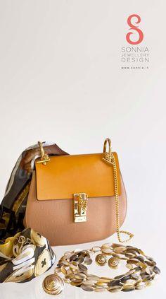 Chloe, Jewelry Design, Bags, Fashion, Handbags, Moda, Fashion Styles, Fashion Illustrations, Bag