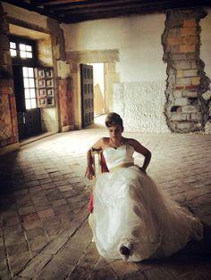 Idoia Fashion Poses, One Shoulder Wedding Dress, Wedding Dresses, Bride Dresses, Bridal Wedding Dresses, Weeding Dresses, Weding Dresses, Wedding Dressses, Wedding Gowns