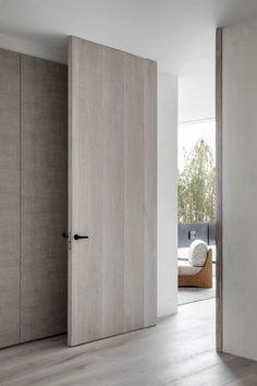 Monte Esquinza is a minimalist interior located in Madrid, Spain, designed by OOAA Interior Door Styles, Door Design Interior, Contemporary Interior Design, Modern Door Design, Minimalist Interior, Minimalist Home, Interior Minimalista, Windows And Doors, Home Deco