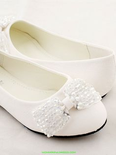 girls+dress+shoes   ... Dresses, Pageant Dresses - White Fancy Ribbon Accented Girl Shoes