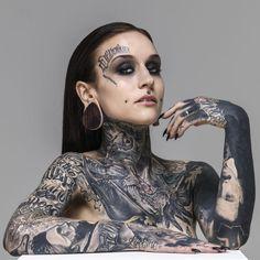 Monami frost blackout with potraits Hot Tattoos, Life Tattoos, Body Art Tattoos, Beach Tattoos, Arabic Tattoos, Henna Tattoos, Sleeve Tattoos, Blackout Tattoo, Monami Frost