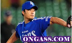South Korean Baseball Player Oh Seung Hwan Interrogated over Sports Gambling Baseball Players, Baseball Cards, Family Yearbook, Seung Hwan, Korean Entertainment, Free Agent, Scandal, Sports, Mens Tops