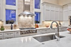 unique-kitchen-backsplash-Kitchen-Transitional-with-6-burner-range-appliance.jpg 990×660 pixels