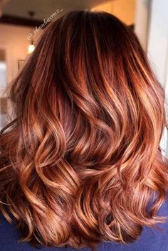 With auburn shades, you can also experiment with balayage and ombre tones as well as streaks and highlights. Really embrace the redhead goddess within and go wild!