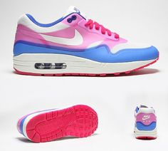 Womens Air Max 1 Hyperfuse Trainer.....WANTTTTT