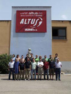 El equipo que trabaja en la central de Altus. Compañeros, amigos y entusiastas de lo que hacen.