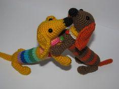 Вязаная такса амигуруми, схема и описание Doll Toys, Baby Dolls, Dachshund, Amigurumi Toys, Stuffed Toys Patterns, Doll Patterns, Dinosaur Stuffed Animal, Dog Cat, Stitch