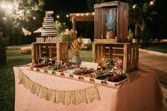 boda rioja novia vestido original bebas closet Candy Bar Wedding, Wedding Dinner, Wedding Table, Diy Wedding, Rustic Wedding, Outside Birthday Parties, Grad Parties, 16th Birthday, Birthday Beer
