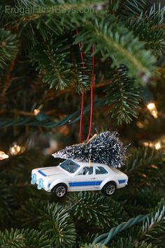 Christmas Tree Car Ornament - made with a Hot Wheels or Matchbox car.  How fun!
