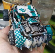 This might be the same guy, the same model, just a different color scheme than two pins ago, but what can I say, I dig it. Orks 40k, Warhammer 40000, Paint Schemes, Colour Schemes, Apocalypse World, Death Race, Dark Eldar, Game Terrain, Warhammer Models