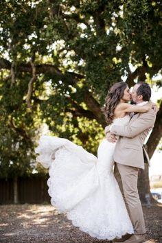 Daniela & Jeff - California Wedding http://caratsandcake.com/danielaandjeff