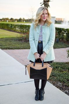 PLEATED LEATHER SKIRT | BLUSHING IN BOWS | FASHION BLOG | WINTER STYLE
