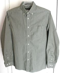 aa4b05a29b330 EDDIE BAUER Large Cotton Green Pinstripe Shirt L S Wrinkle Resistant  Relaxed Fit  fashion