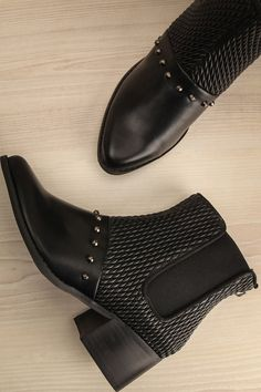 a86ae1732b5 Brovary   This little boots made of textured faux-leather are sure to spice  up