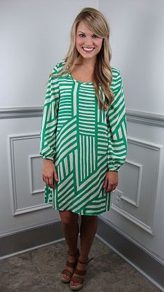 So hard to find a summer dress with sleeves... until now! | Again, I LOVE green! #shopbluedoor