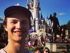 Augustus Waters please tell me you did not use your wish to go to Disneyworld<--- Repinning for that caption.