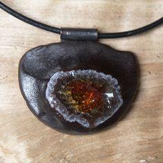 Hana Bendová - necklace (ceramic, glass)