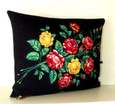 French Large Needlepoint Tapestry Rose bouquet on by Retrocollects