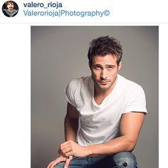 Por el artista ph: @valero_rioja para @cosmopolitan_es