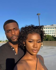 It exists. I'm not gon' tell y'all again. Young Black Couples, Black Love Couples, Cute Couples, Couple Goals Relationships, Relationship Goals Pictures, Love Jones, Couple Aesthetic, Black People, Guys And Girls