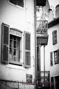 <p>Whilst I was staying with my cousin in Chamonix we had a little mini-break to her and husband's apartment, in the centre of the old town, in Annecy for one night. This is a beautiful French town on a lake, and I really enjoyed the contrast with the mountains. Then …</p>