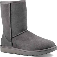 UGG Women's Classic Short II Grey Boots (4 120 UAH) ❤ liked on Polyvore featuring shoes, boots, ankle booties, ankle boots, grey, short boots, grey leather booties, gray booties, low heel booties and short booties