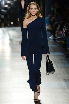 Cushnie et Ochs Fall 2017 Ready-to-Wear Collection Photos - Vogue