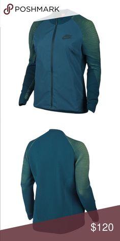 a9ed15fc Brand New Nike Dynamic Reveal Tech Fleece Jacket The Nike Sportswear  Dynamic Reveal Women's Jacket is
