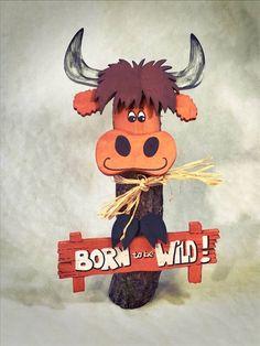 Die Rindenviecher – Baumstammgalloway Moooin Galloway, Movie Posters, Winter Christmas, Sheep, Home And Garden, Figurine, Film Poster, Billboard