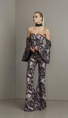 MACACÃO TOMARA QUE CAIA - MAC18405-QD   Skazi, Moda feminina, roupa casual, vestidos, saias, mulher moderna