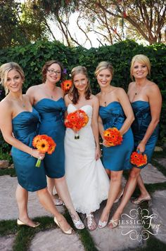 Various types of bouquets. Orange daisies in the preview picture; white flowers with the red dresses at the top of the page.