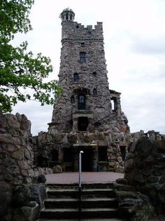 BOLDT CASTLE NY Boldt Abandoned The Project Leaving It