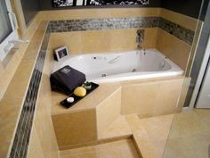 Take a few minutes to relax and soak in some luxurious bathrooms designed by the home improvement experts at DIY Network and HGTV.